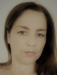 Ana_Bronic.jpg